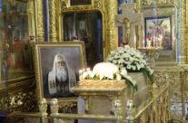 Святейший Патриарх Кирилл совершил панихиду на месте погребения Патриарха Сергия (Страгородского)