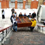 Арзамасская святыня доставлена в Спасо-Преображенский собор Нижнего Новгорода