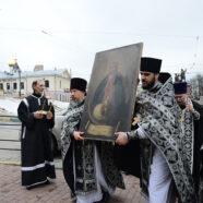 В Предтеченском храме Нижнего Новгорода встретили арзамасскую икону Божией Матери «В родах Помощница»