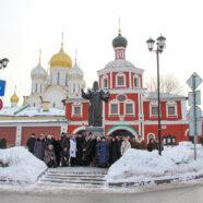 Группа арзамасцев совершила паломничество к святыням Москвы