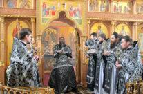 Митрополит Георгий совершил литургию Преждеосвященных Даров в Свято-Николаевском монастыре Арзамаса