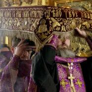 Вечерни Великой Пятницы с чином выноса Плащаницы совершены в храмах благочиния города Арзамаса