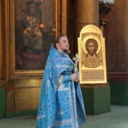 Написаны и освящены первые иконы для иконостаса крестильной церкви Воскресенского собора Арзамаса