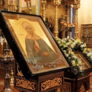 Образ блаженной Матроны Московской с частицей ее святых мощей торжественно встретили в Арзамасе